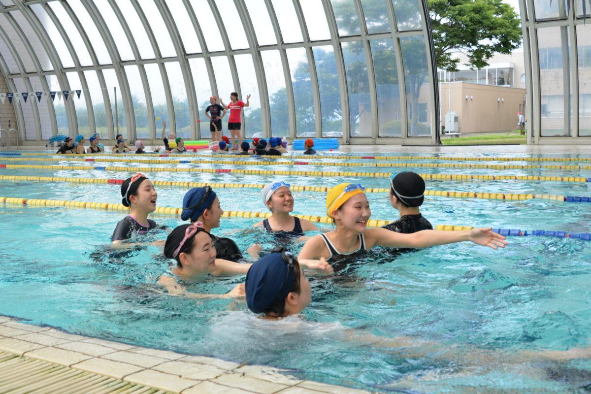 夏到来?幼児体育の温水プールは涼しさ満点!
