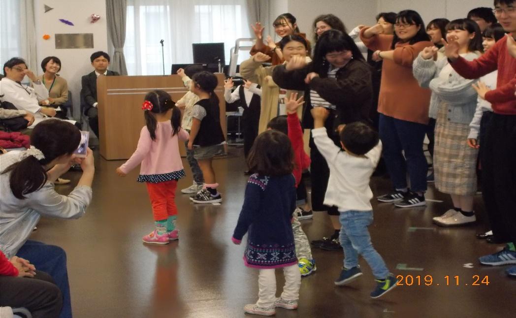 市立ひらかた病院と関西外大合同イベント 「ひらホス オータムフェスティバル」開催