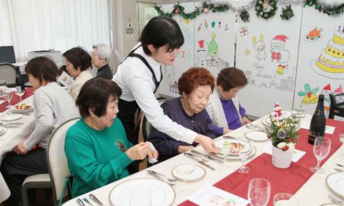 ひとり暮らし高齢者のクリスマス会