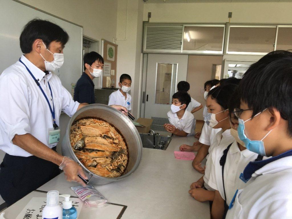 生活学科の草津市立渋川小学校への学習支援