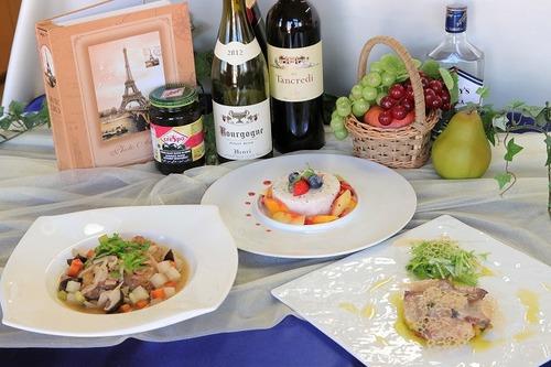 調理コースが「西洋料理特別授業」を実施