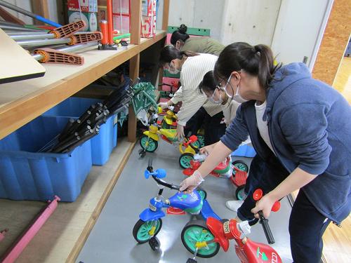 幼児教育科にて「学内クリーン活動」が行われました