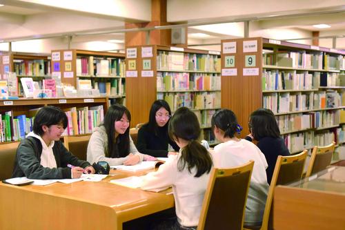 春期休業期間中の図書長期貸出について