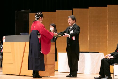 令和2年(2020年)度卒業式・学位記授与式を挙行しました