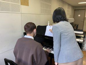 幼児教育保育学科・ピアノ未経験者のための基礎講座を開催