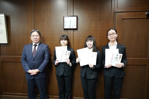 第3回大阪成蹊カップ プレゼンテーション大会および表彰式を実施